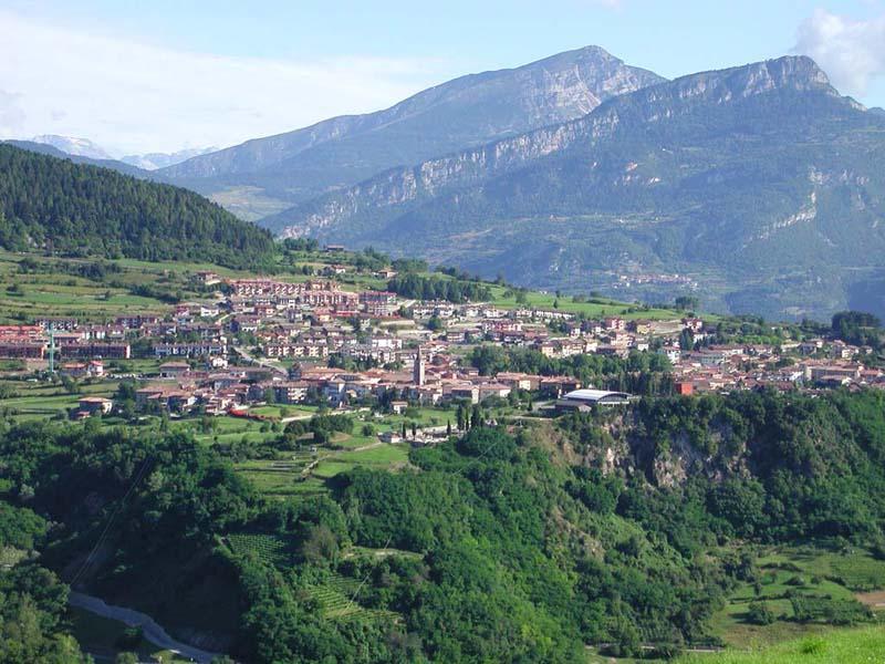 Vacanze in trentino azienda per il turismo rovereto e for Monti del trentino