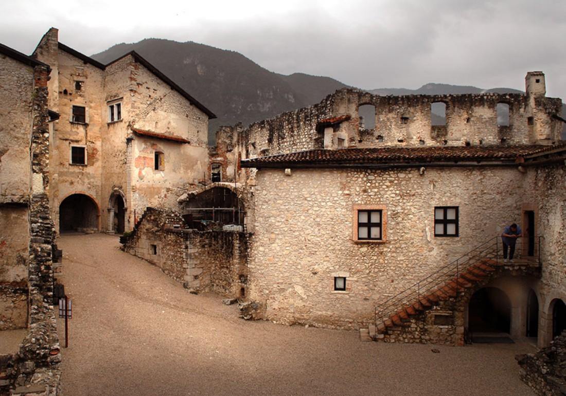 Scopri-Castelli-Castel-Beseno-04-DL-visitrovereto