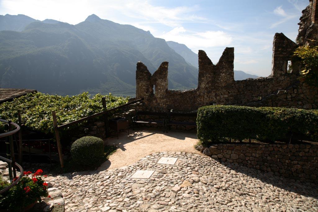 Scopri-Castelli-Castello-Avio