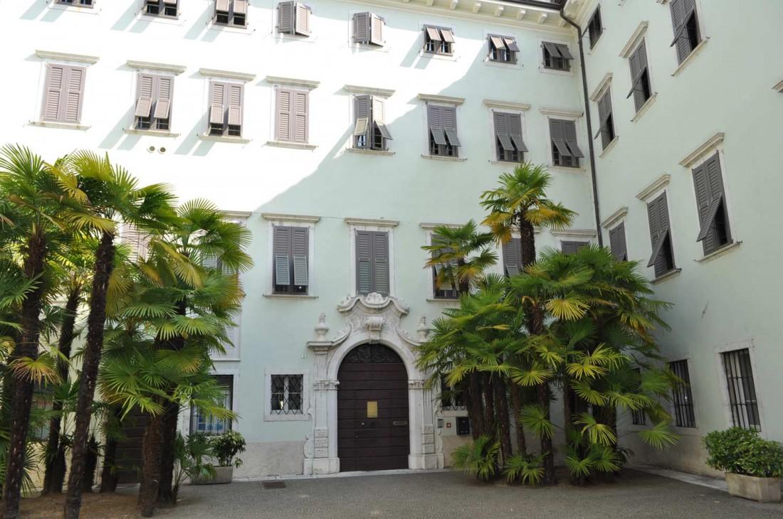 Casa-Rosmini-esterno-23-visitrovereto