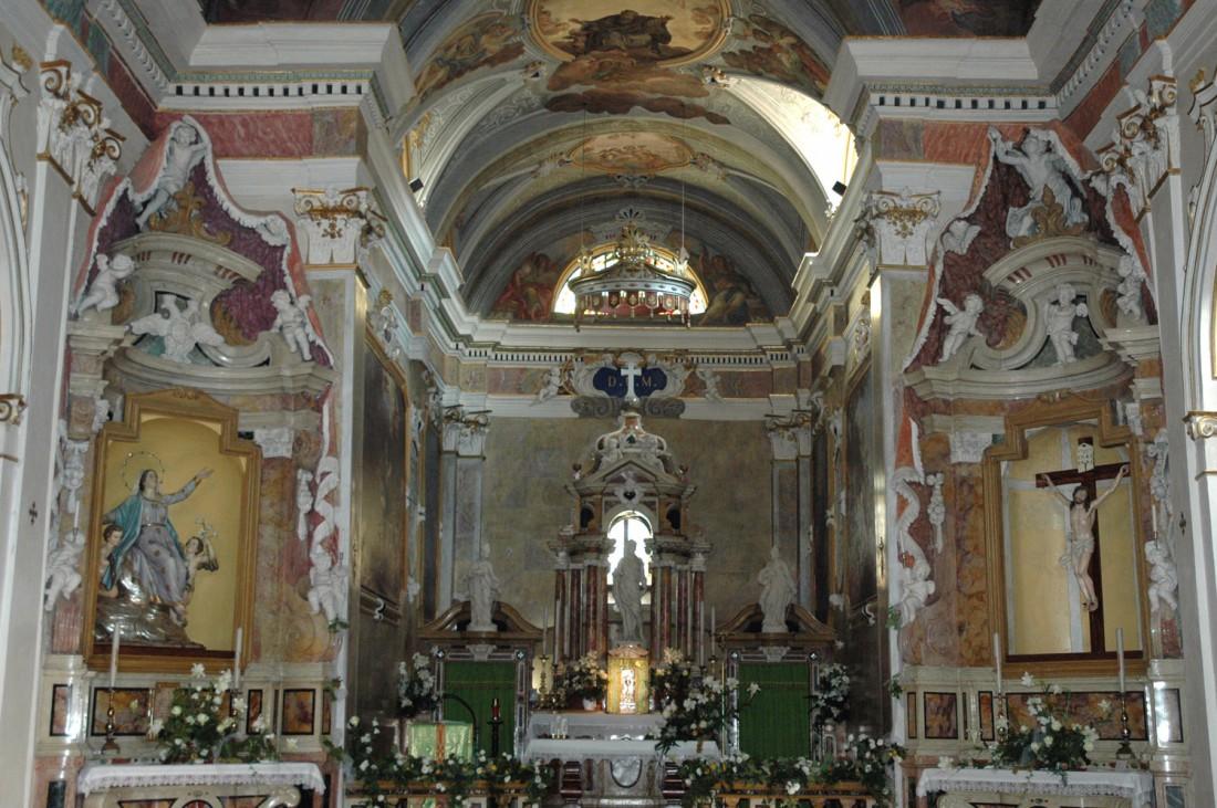 Altare-Chiesa-S.Giovanni-Borgo-Sacco-visitrovereto