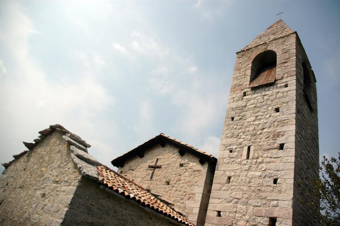 Campanile-Chiesa-S-Agata-Corniano-DI-visitrovereto