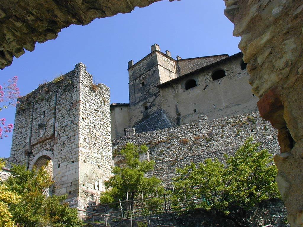 Castel Noarna, il ponte levatoio