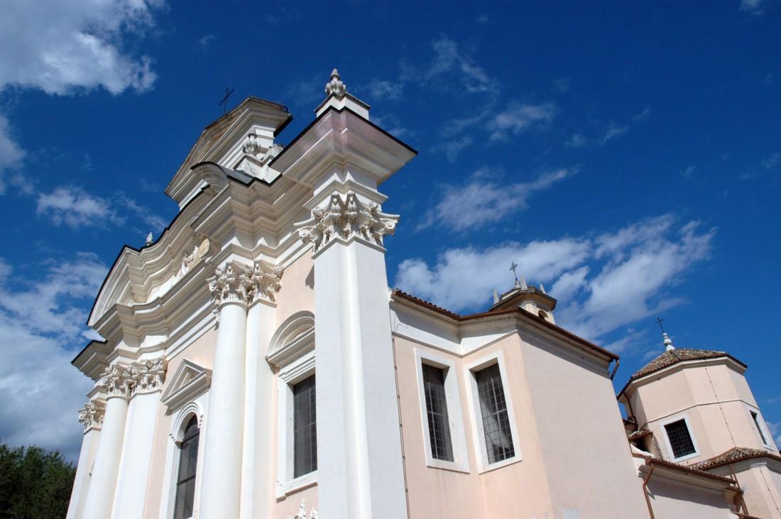 Esterno-Chiesa-S.Giovanni-Borgo-Sacco-visitrovereto