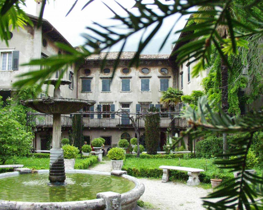 Museo del Pianoforte Antico Ala