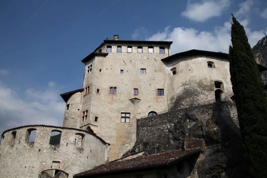 Scopri-Castelli-Castel-Pietra-03-visitrovereto