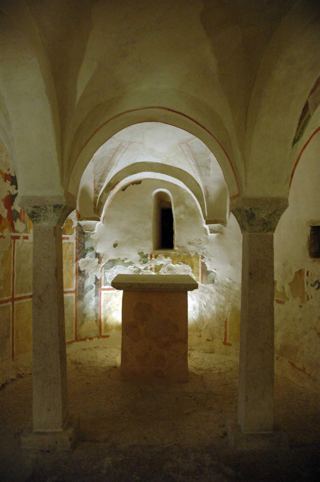 Brentonico-Cripta di San Giovanni