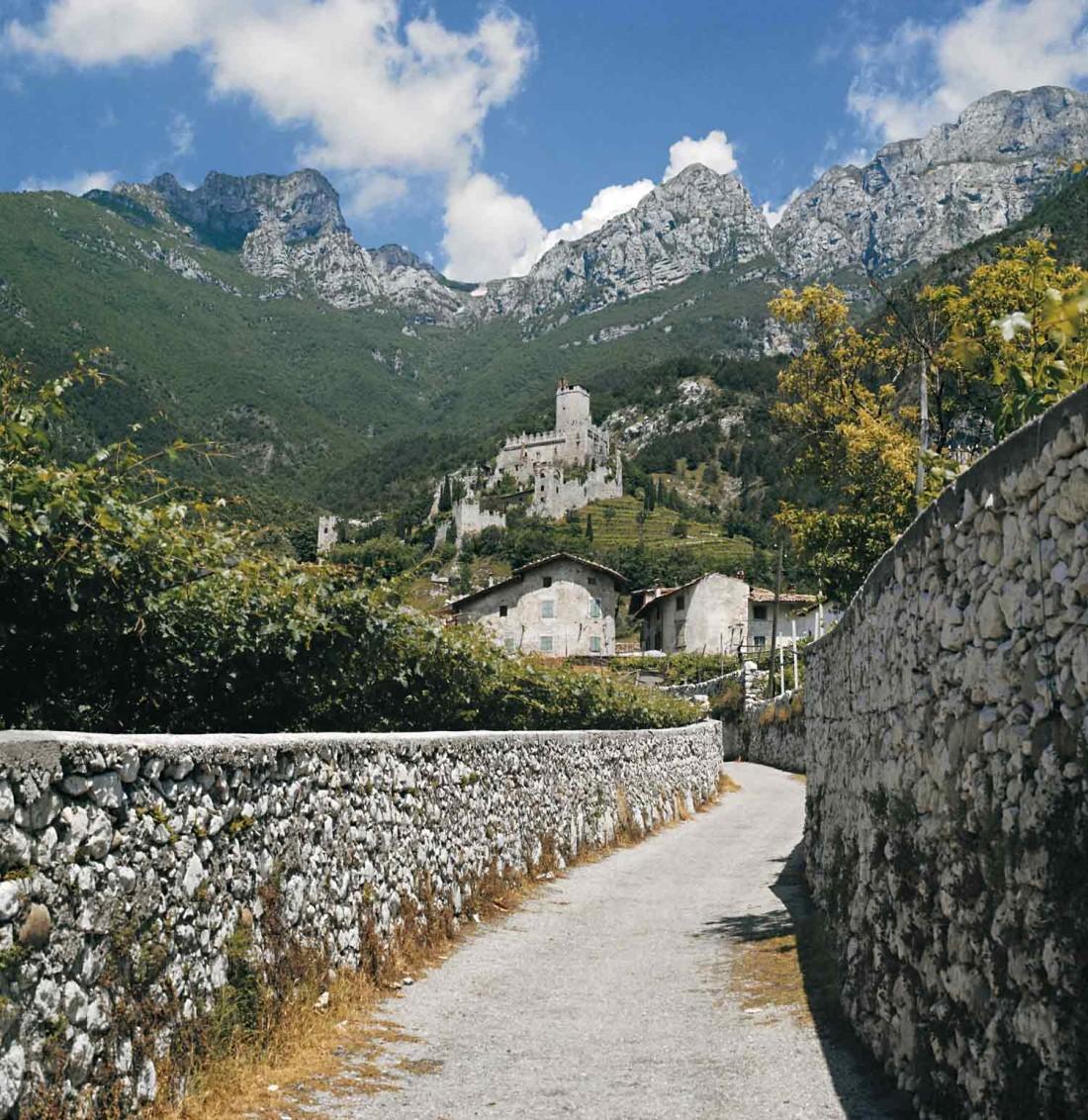 Scopri-Castelli-Castello di Avio