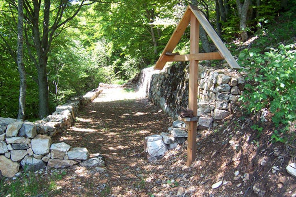 Passo-Buole-2-Comune-di-Ala-visitrovereto