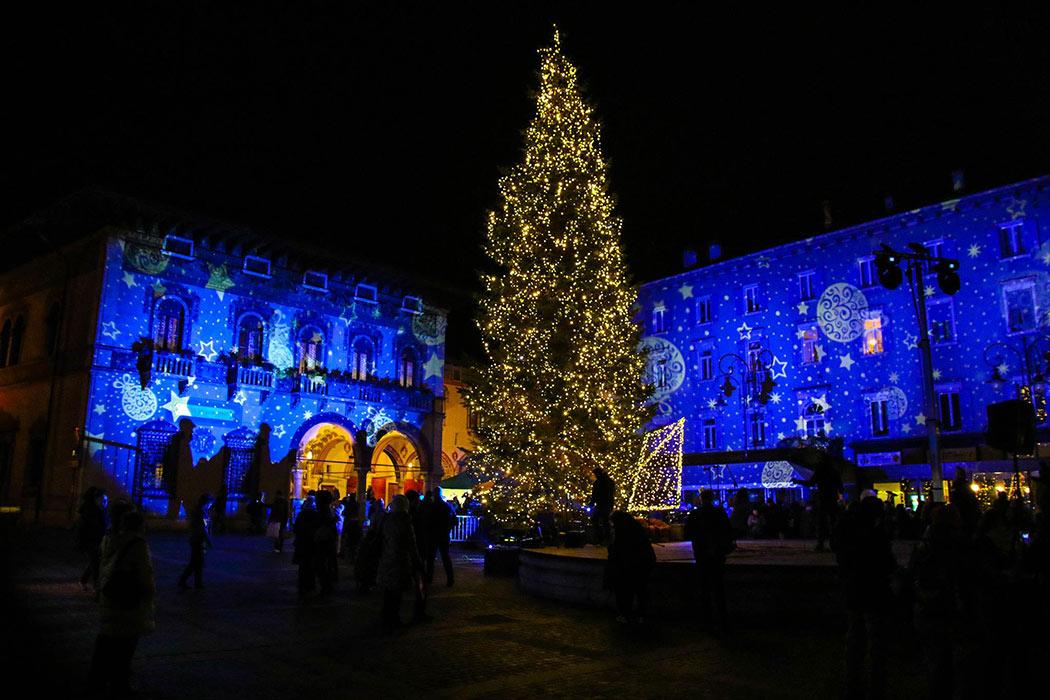 Natale Rovereto Piazza Rosmini