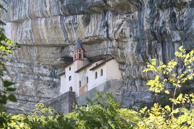 Eremo SanColombano-Piccole dolomiti-fede e pace