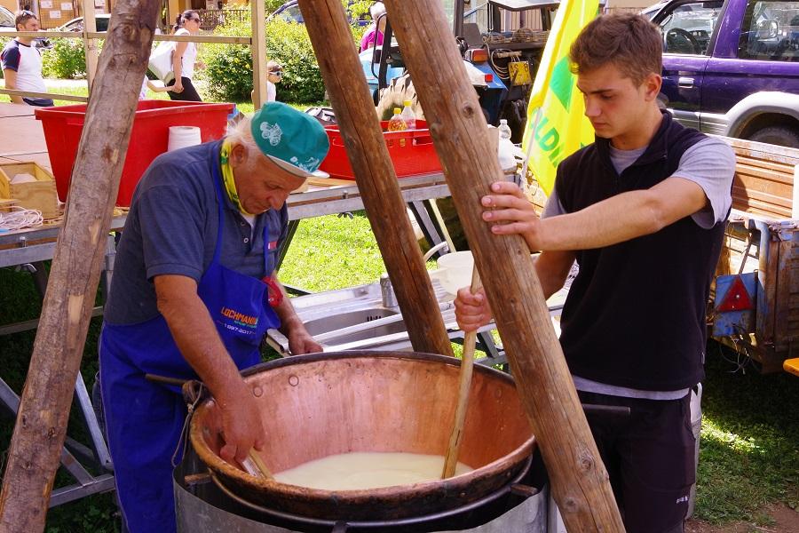 Latte in festa - Foto di Moreno Togni e Mariano Tardivo (4)