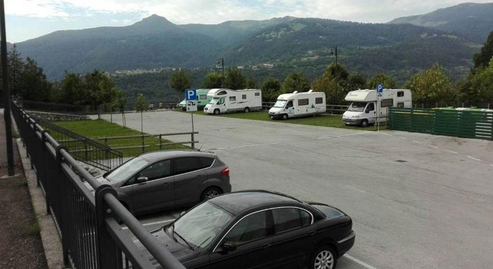 Area-sosta-camper_Brentonico