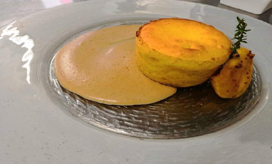 soufflè trentingrana e salsa di noci_ristorante Tema