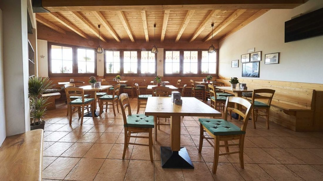ristorante-tipico-trentino-albergo-rifugio-graziani-monte-baldo-monte-altissimo